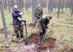 Tynne 5-9.10.2015 Odnaleziona mogiła żołnierzy KOP-16