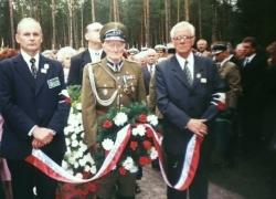 06-09.2000 r. - otwarcie i poświęcenie Polskich Cmentarzy Wojennych-10