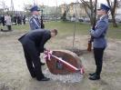 15.04.2011 r. - Pruszków, Dęby Pamięci-12